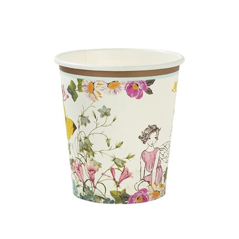 girl's paper cups
